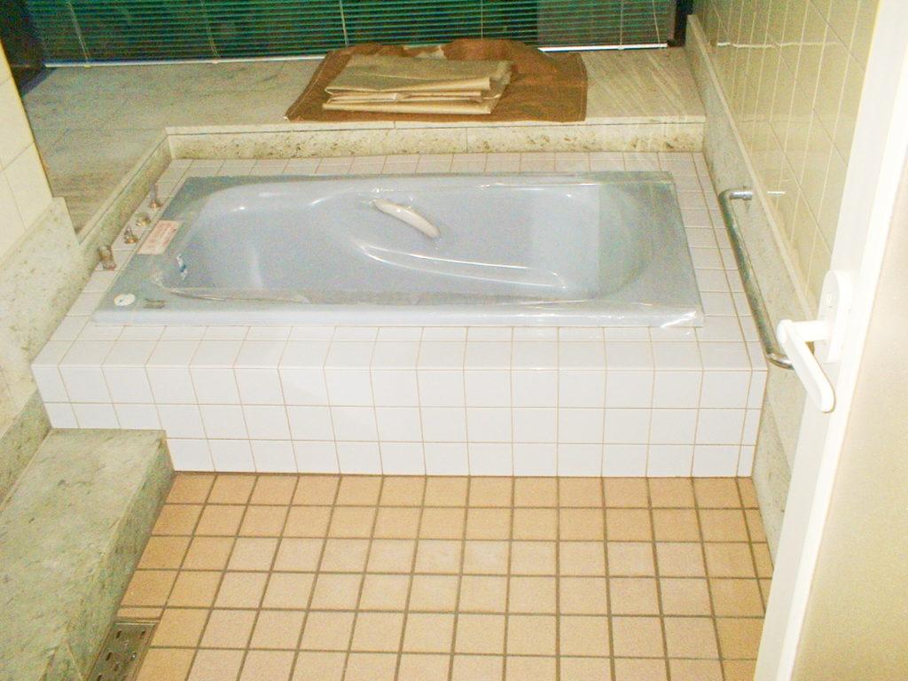 浴槽と床だけを交換したい!