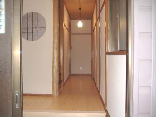 玄関や廊下を明るくしたい!