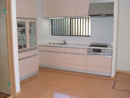 新しいキッチンはかわいいピンクで統一したい!