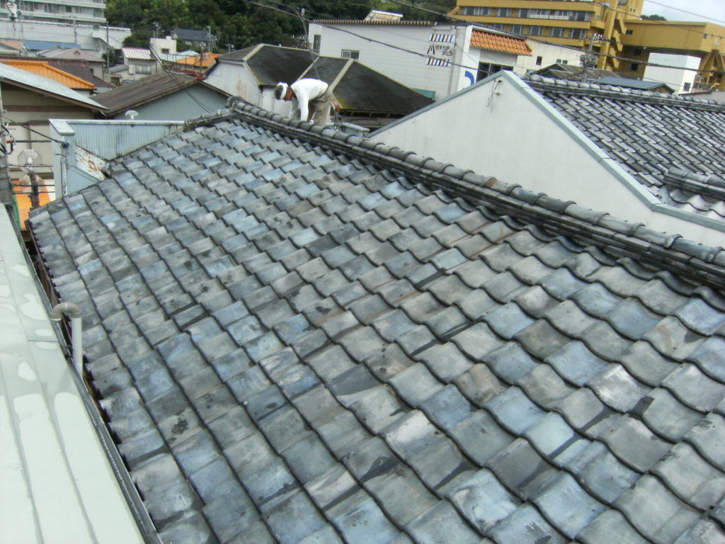 屋根の軽量化をして、地震被害を軽減したい!