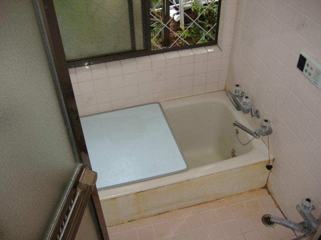バスルームはリッチな気分で!