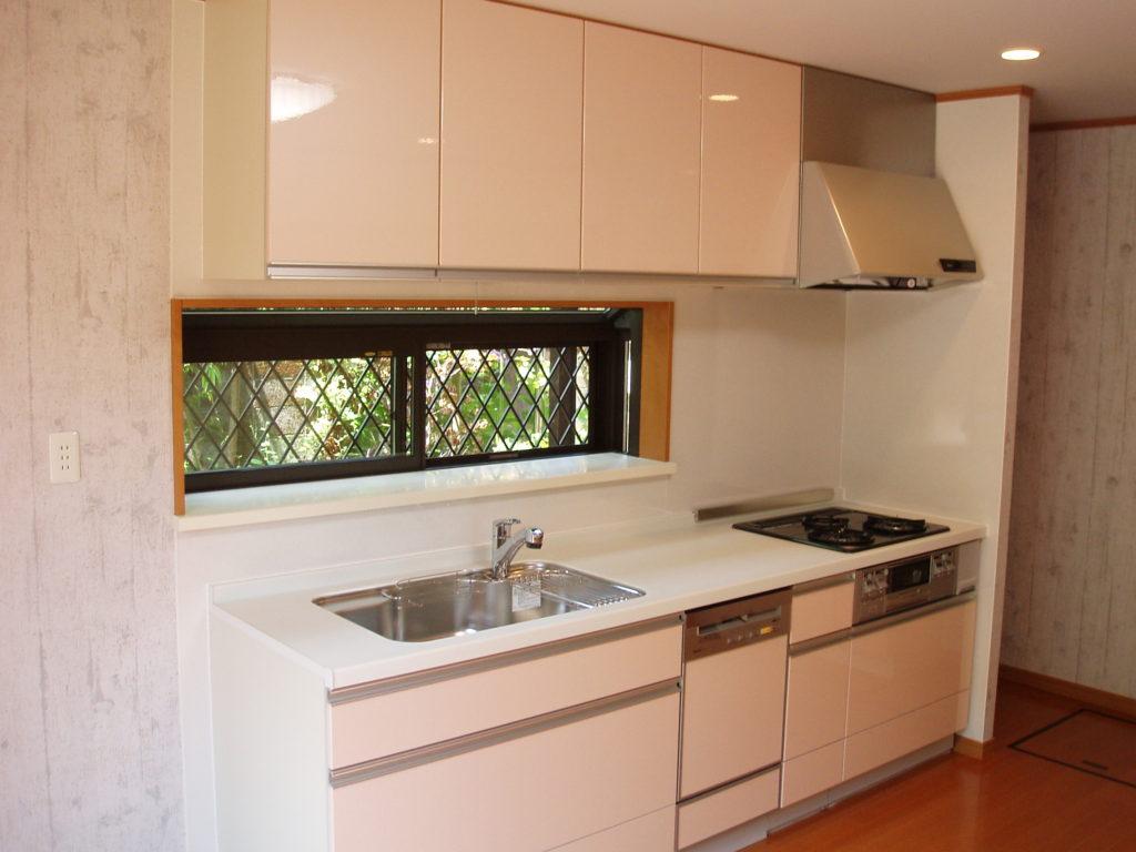 小さくて不便なキッチン。
